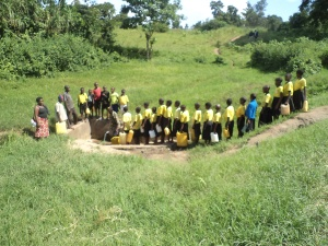 Children queuing for water in Bwambara